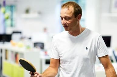 Jon Walker losing Ping Pong